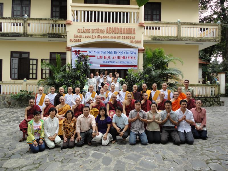 Chùa Bửu Quang - buu quang-10-giảng đường Abhidhamma và thư viện.jpg (573981 KB)