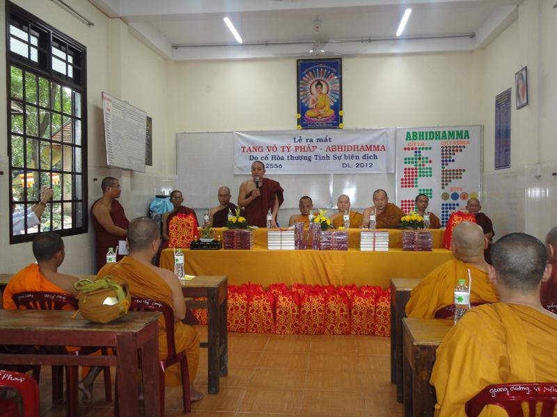 Chùa Bửu Quang - buu quang-12-lễ ra mắt tạng Abhidhamma tại giảng đường Abhidhamma.jpg (434442 KB)