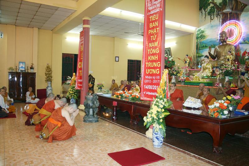 Chùa Bửu Quang - buu quang-20-lễ xuất gia sa di năm 2013-3.jpg (524715 KB)