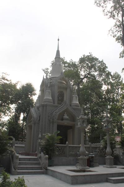 Chùa Bửu Quang - buu quang-32-tháp thờ Đức Phật nipban.jpg (214256 KB)