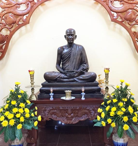Chùa Bửu Quang - buu quang-4-Tượng HT. Hộ Tông.jpg (340122 KB)