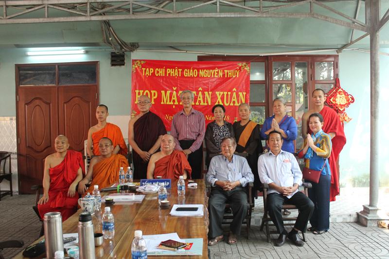 Họp mặt tân xuân Mậu Tuất 2018 tại tòa soạn Tạp chí Phật Giáo Nguyên Thủy - tap-chi-10.jpg (456591 KB)