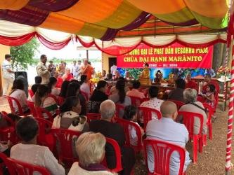 Cambodia: Chùa Đại Hạnh tổ chức Lễ Vu Lan và phát quà từ thiện