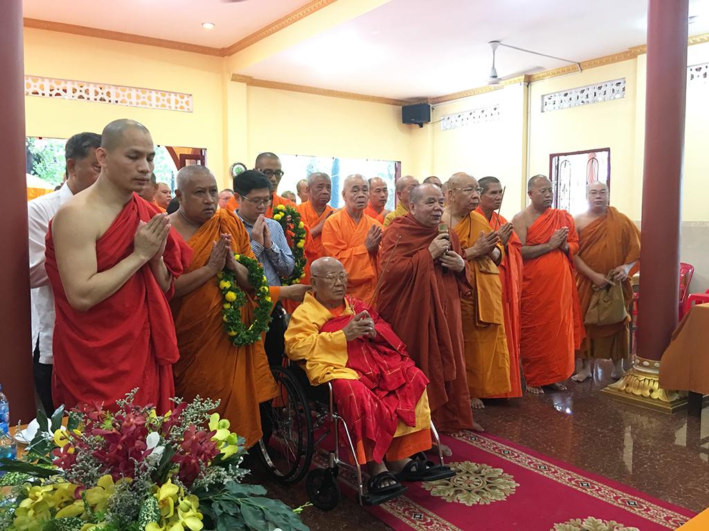 Phái đoàn Phật giáo An Nam tông Thái Lan đến thăm chùa Bửu Quang - an-nam-1.jpg (713098 KB)