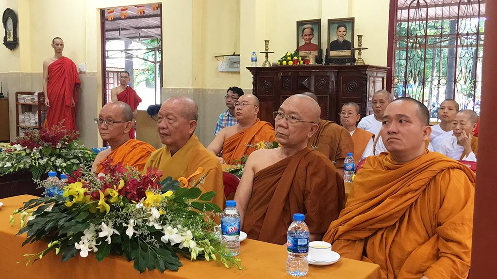 Phái đoàn Phật giáo An Nam tông Thái Lan đến thăm chùa Bửu Quang - an-nam-3.jpg (650983 KB)