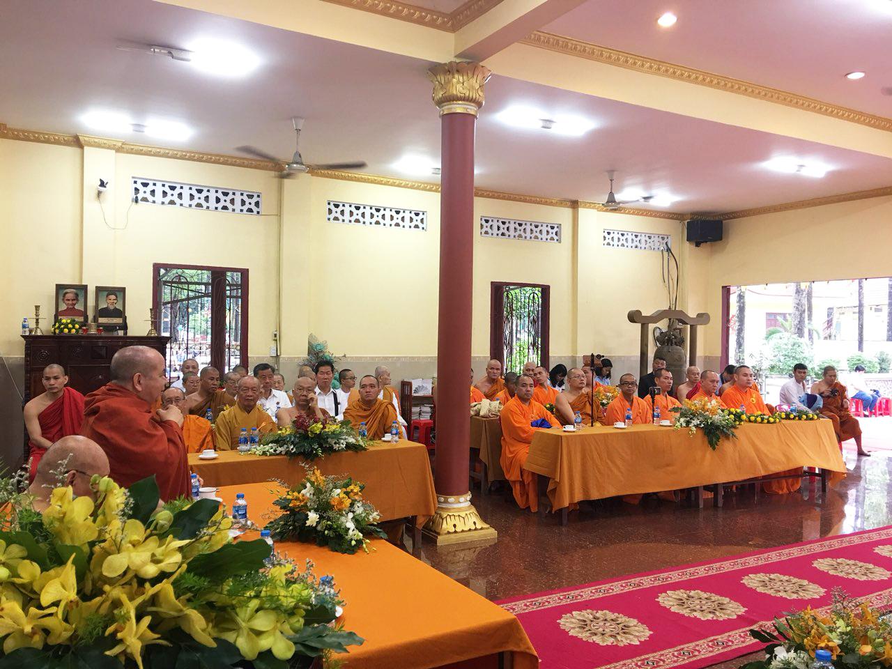 Phái đoàn Phật giáo An Nam tông Thái Lan đến thăm chùa Bửu Quang - an-nam-6.jpg (728425 KB)
