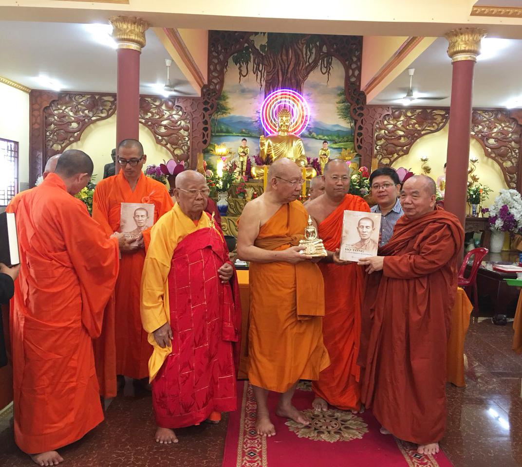 Phái đoàn Phật giáo An Nam tông Thái Lan đến thăm chùa Bửu Quang - an-nam-9.jpg (762756 KB)