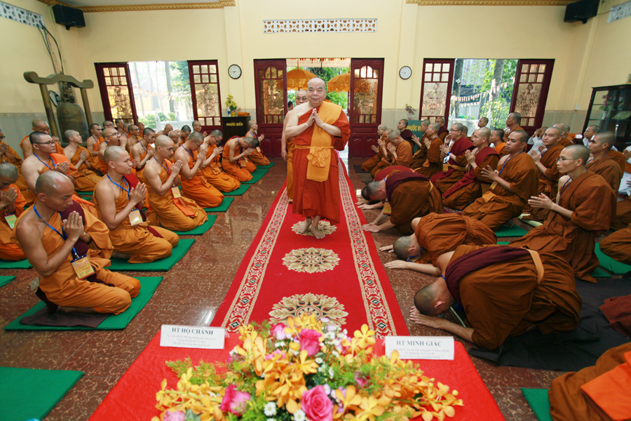 Chùm ảnh Đại Giới đàn Trí Tịnh 2018-Giới trường Chùa Bửu Quang - gioi-dan-tri-tinh-60.jpg (665802 KB)