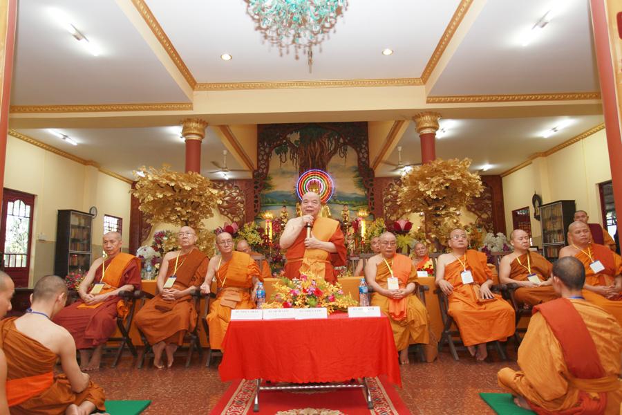 Chùm ảnh Đại Giới đàn Trí Tịnh 2018-Giới trường Chùa Bửu Quang - gioi-dan-tri-tinh-70.jpg (561560 KB)