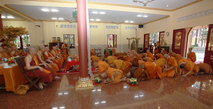 Chùm ảnh Đại Giới đàn Trí Tịnh 2018-Giới trường Chùa Bửu Quang - gioi-dan-tri-tinh-89.jpg (447867 KB)