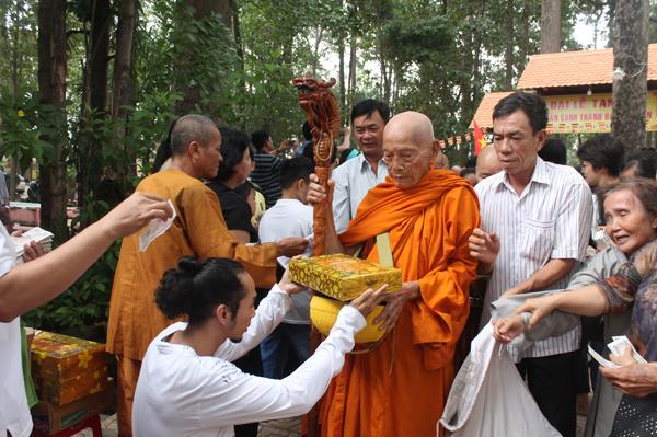 Đại lễ Vesak 2018 tại chùa Bửu Quang-Thủ Đức - vesack2018-36.jpg (331808 KB)
