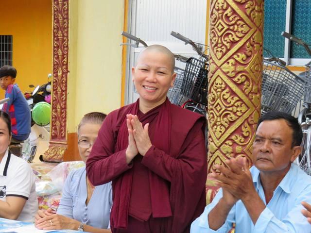 Tu Nữ Bi Nguyện PGNT hướng dẫn đoàn từ thiện Đà Nẵng & Tp.HCM