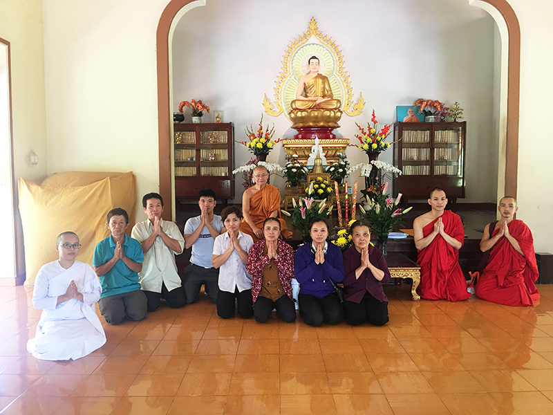 Phái đoàn chùa Bửu Quang cúng dường trường hạ năm 2018 - truong-ha-buu-long-3.jpg (430426 KB)