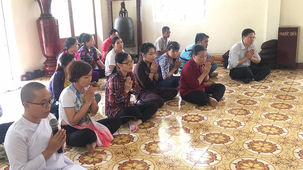 Phái đoàn chùa Bửu Quang thăm và cúng dường trường hạ năm 2018 - truong-ha-buu-thang-1.jpg (570756 KB)