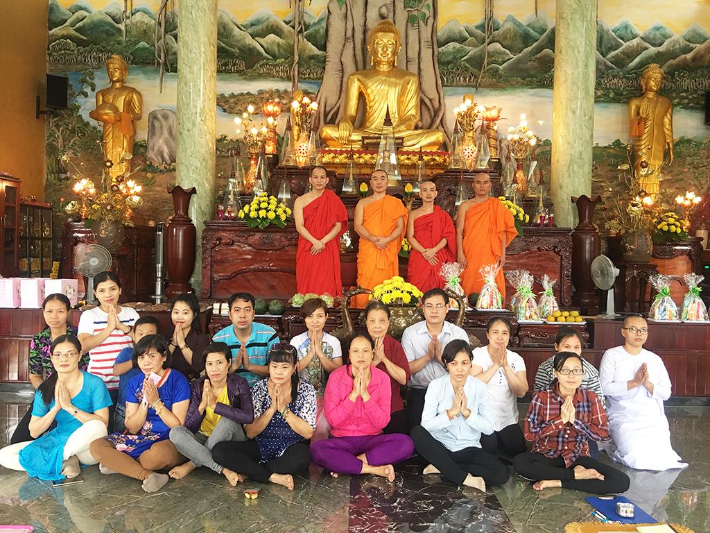 Phái đoàn chùa Bửu Quang thăm và cúng dường trường hạ năm 2018 - truong-ha-giac-quang-3.jpg (970937 KB)