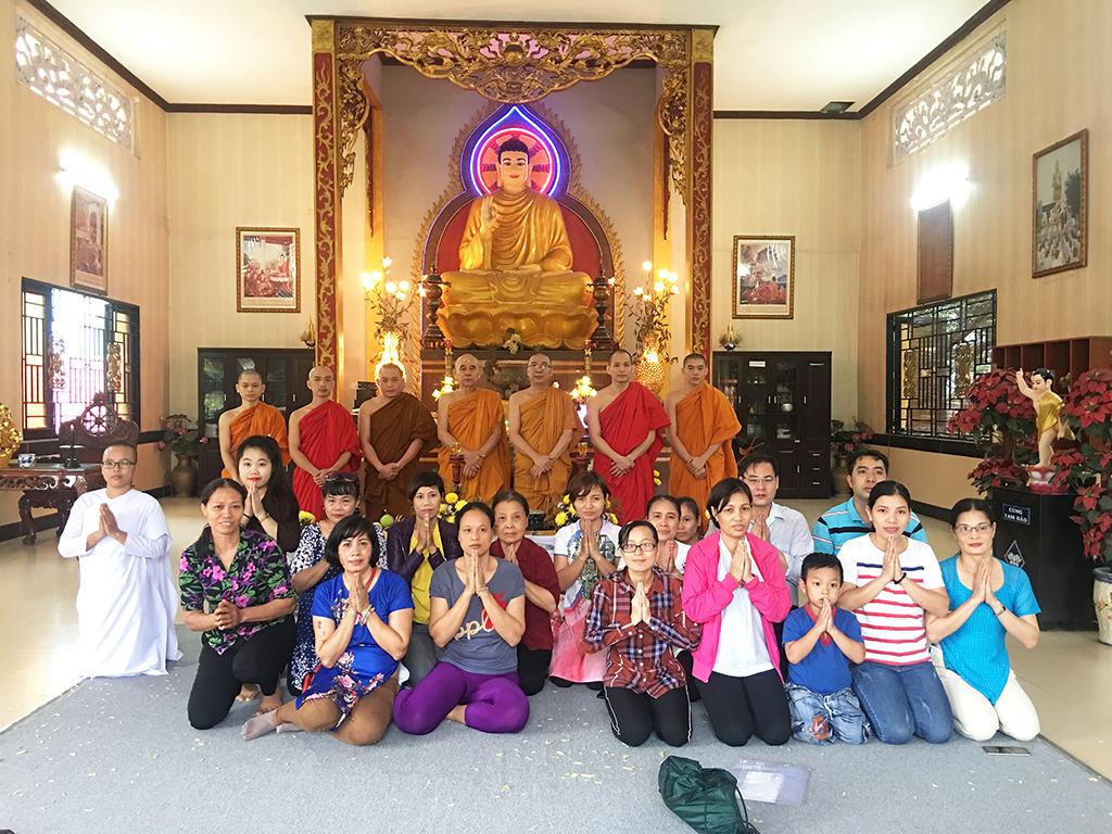 Phái đoàn chùa Bửu Quang thăm và cúng dường trường hạ năm 2018 - truong-ha-nam-tong-1.jpg (842354 KB)