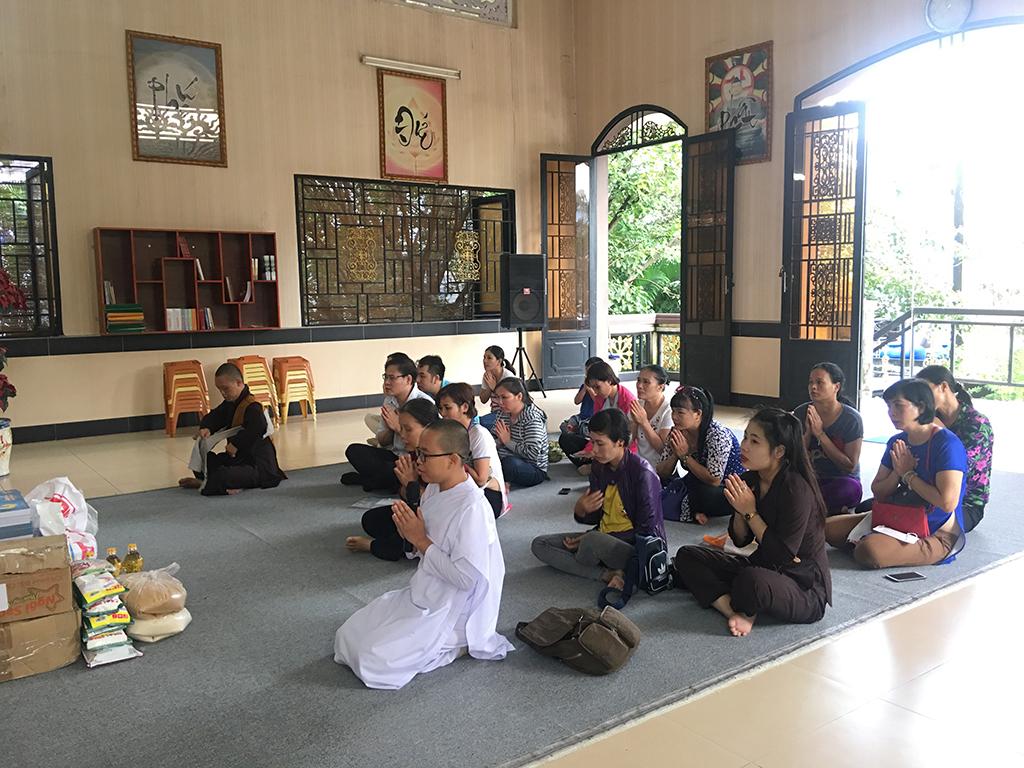 Phái đoàn chùa Bửu Quang thăm và cúng dường trường hạ năm 2018 - truong-ha-nam-tong-4.jpg (687168 KB)