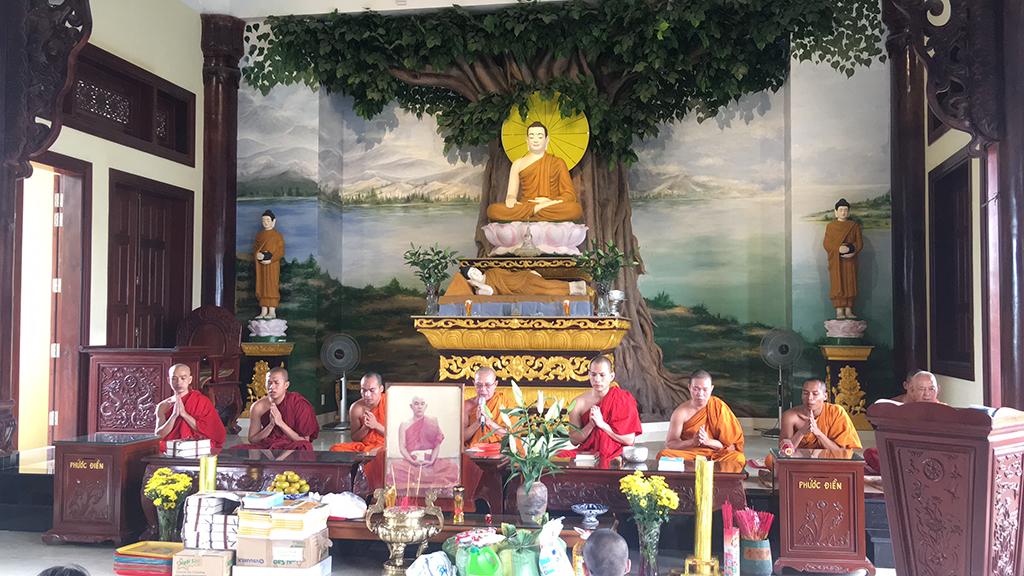 Phái đoàn chùa Bửu Quang thăm và cúng dường trường hạ năm 2018 - truong-ha-phat-bao-1.jpg (619727 KB)