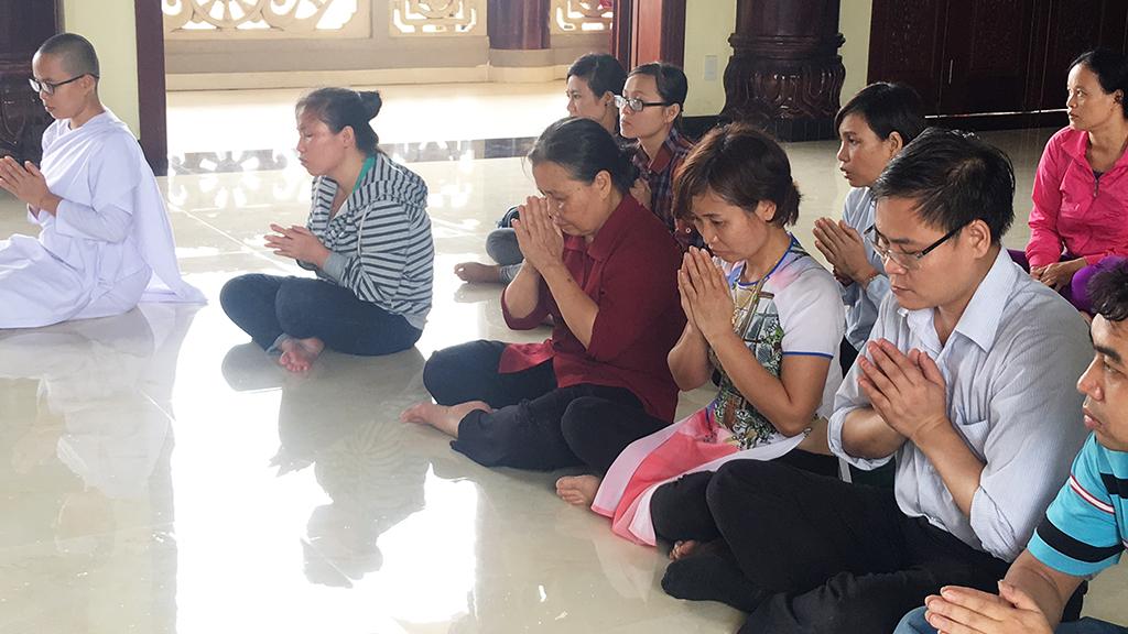 Phái đoàn chùa Bửu Quang thăm và cúng dường trường hạ năm 2018 - truong-ha-phat-bao-3.jpg (474111 KB)