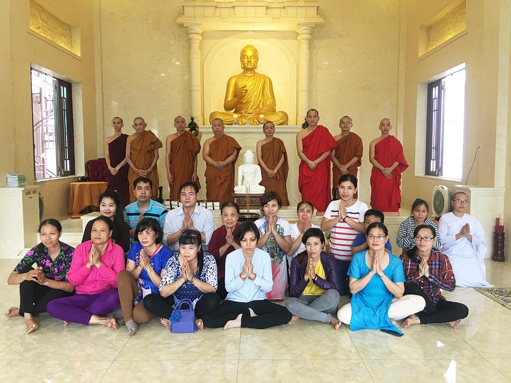 Phái đoàn chùa Bửu Quang thăm và cúng dường trường hạ năm 2018 - truong-ha-sieu-ly-3.jpg (737185 KB)